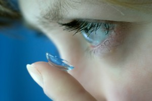 are contact lenses too dangerous for school labs
